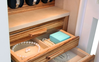 jewelry safe hong kong